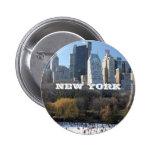 NAVIDAD DE NUEVA YORK PIN REDONDO DE 2 PULGADAS
