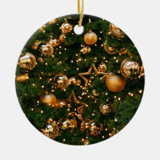 Navidad de oro adorno navideño redondo de cerámica