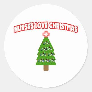 Navidad del amor de las enfermeras pegatina redonda