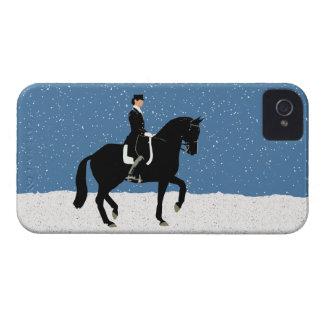 Navidad del caballo del Dressage Nevado Case-Mate iPhone 4 Protector