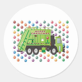Navidad del camión de basura pegatina redonda