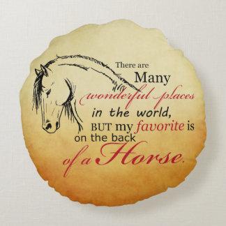 Navidad del día de fiesta del caballo que trota cojín redondo