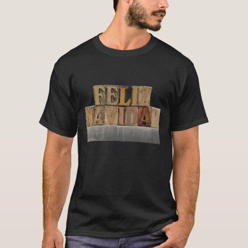 navidad del feliz en el tipo camiseta para hombre