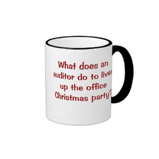 Navidad del interventor divertido y chiste cruel taza de café