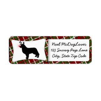 Navidad del reno del perro de montaña de Bernese Etiqueta De Remite