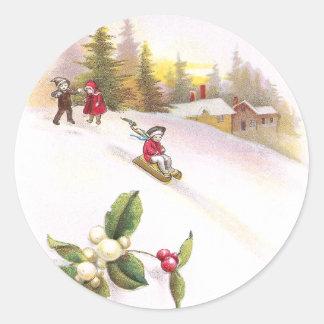 Navidad del vintage del muérdago y de los Sledders Pegatina Redonda