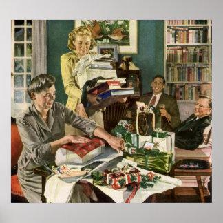 Navidad del vintage, familia que envuelve póster