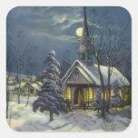 Navidad del vintage, iglesia del invierno en claro pegatina cuadrada
