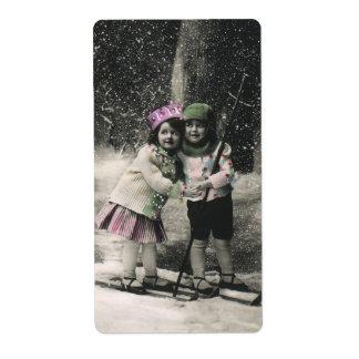 Navidad del vintage, mejores amigos en los esquís etiqueta de envío