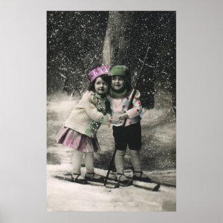 Navidad del vintage, mejores amigos en los esquís posters