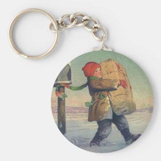 Navidad del vintage, niño con el paquete grande llavero redondo tipo pin