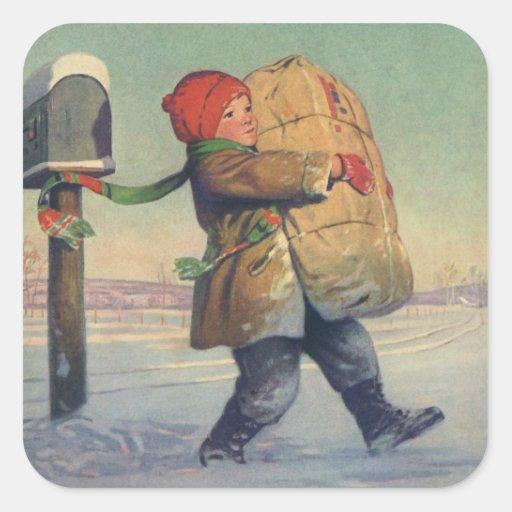 Navidad del vintage, niño con el paquete grande pegatina cuadrada