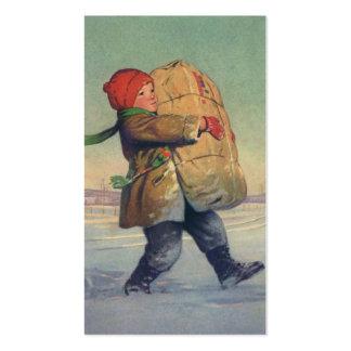 Navidad del vintage, niño con el paquete grande tarjetas de visita