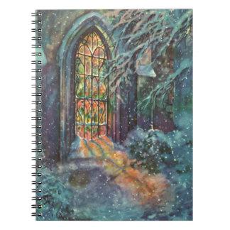 Navidad del vintage, vitral en iglesia libro de apuntes