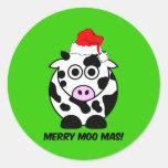 Navidad divertido de la vaca etiqueta redonda
