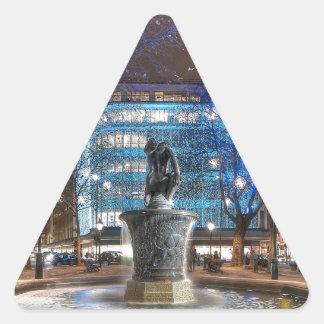 Navidad en el cuadrado de Sloane Calcomanía De Triangulo Personalizadas