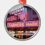 Navidad en el mercado de lugar de Pike Seattle Adorno Redondo Plateado