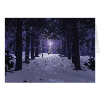 Navidad en la tarjeta de Navidad de los pinos