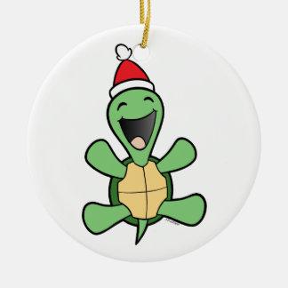 Navidad feliz de la tortuga adorno navideño redondo de cerámica