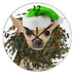 Navidad guirnalda y gorra de la chihuahua relojes de pared