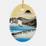 Navidad japonés del arte de Hiroshige el monte Adorno Navideño Ovalado De Cerámica
