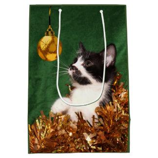 Navidad joven del gatito bolsa de regalo mediana
