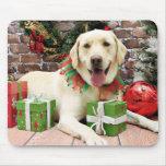Navidad - Labrador amarillo - Strider Tapetes De Ratones