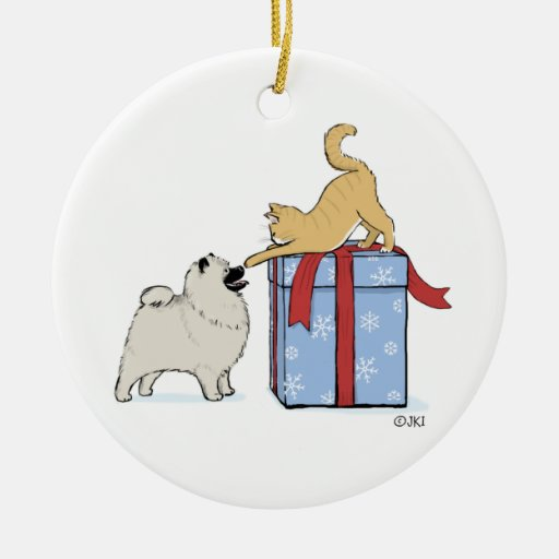 Navidad lindo del perrito y del gatito del Keeshon Ornamentos De Reyes Magos
