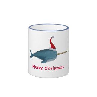 Navidad lindo Narwhal Tazas