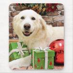 Navidad - los grandes Pirineos Labrador X - Ginny Alfombrilla De Raton