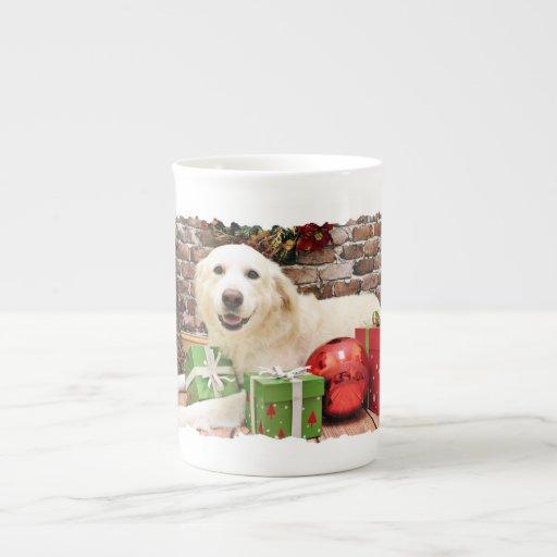 Navidad - los grandes Pirineos Labrador X - valien Tazas De Porcelana