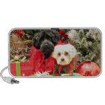 Navidad - maltés - Annie y YorkiePoo - Hannah Laptop Altavoz
