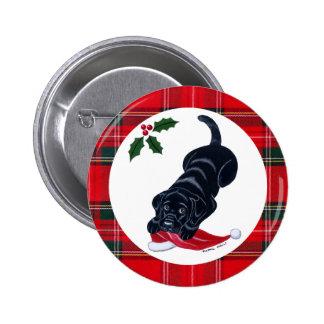 Navidad negro del perrito de Labrador y del gorra Pin Redondo De 2 Pulgadas