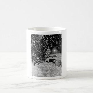 Navidad Nevado en el vintage de New York City Tazas De Café