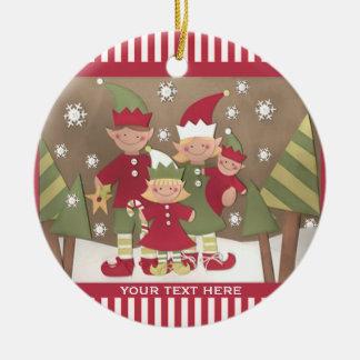 Navidad personalizado de la familia (4) que saluda adorno redondo de cerámica