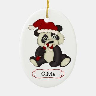Navidad personalizado lindo del oso de panda adorno navideño ovalado de cerámica