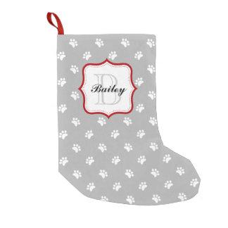 Navidad personalizado rojo gris del nombre del calcetín de navidad pequeño