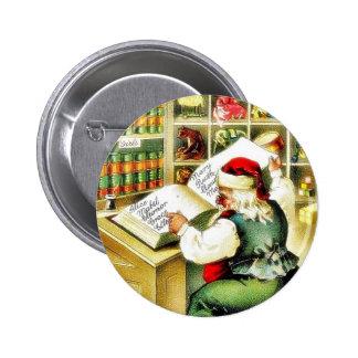 Navidad que saluda con Papá Noel que lee a BO Pin Redondo De 2 Pulgadas