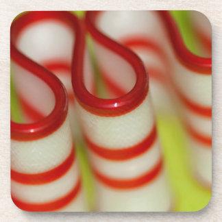 Navidad rojo y blanco de la hierbabuena de la posavasos de bebida