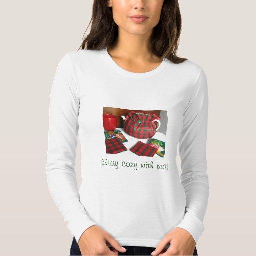 Navidad rojo y camiseta acogedora verde de té de playeras