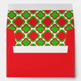 Navidad rojo y verde del modelo de Quatrefoil Sobre
