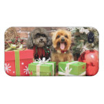 Navidad - Shih Tzu X Maggie - duendecillo de Yorki iPhone 4 Carcasa