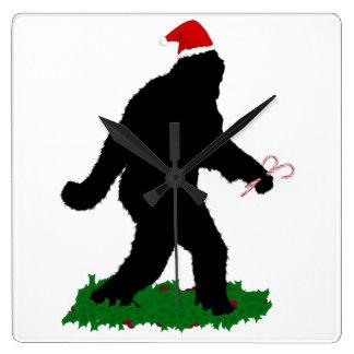 Navidad Squatchin Reloj Cuadrado