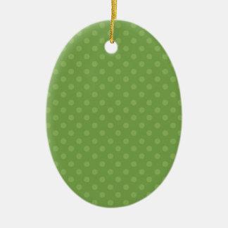Navidad verde del personalizado del fondo del adorno navideño ovalado de cerámica