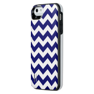 Navy and White Zigzag iPhone SE/5/5s Battery Case