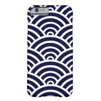 Navy Blue & White Scallop Pattern Barely There iPhone 6 Case