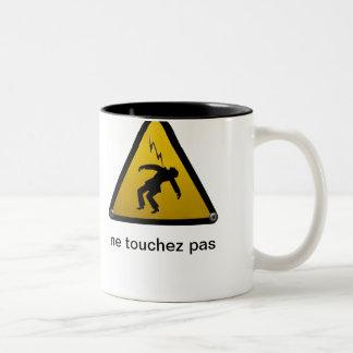 Ne Touchez Pas Mug