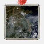 Neblina a través del llano de China del norte Ornato