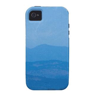 Neblina azul Layers.jpg de los picos gemelos de iPhone 4 Carcasas