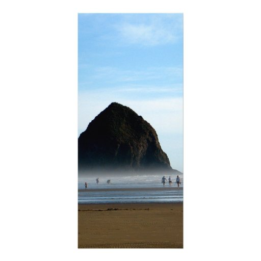 neblina de la playa diseño de tarjeta publicitaria